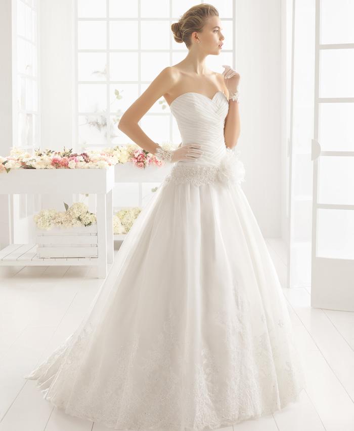 vestido de novia mimosa de aire barcelona. pattuka, todo para la novia