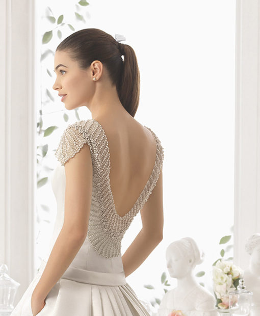 Aire Barcelona Chile wedding dress