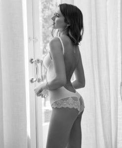 Body de novia con espalda al aire y copas efecto push-up Ivette Heritage