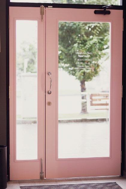Nuestra puerta rosa
