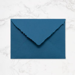 Sobre artesanal C5 color azul ultramar