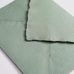 Sobre artesanal verde salvia